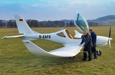 KLA-100-profile-wingtips.jpg